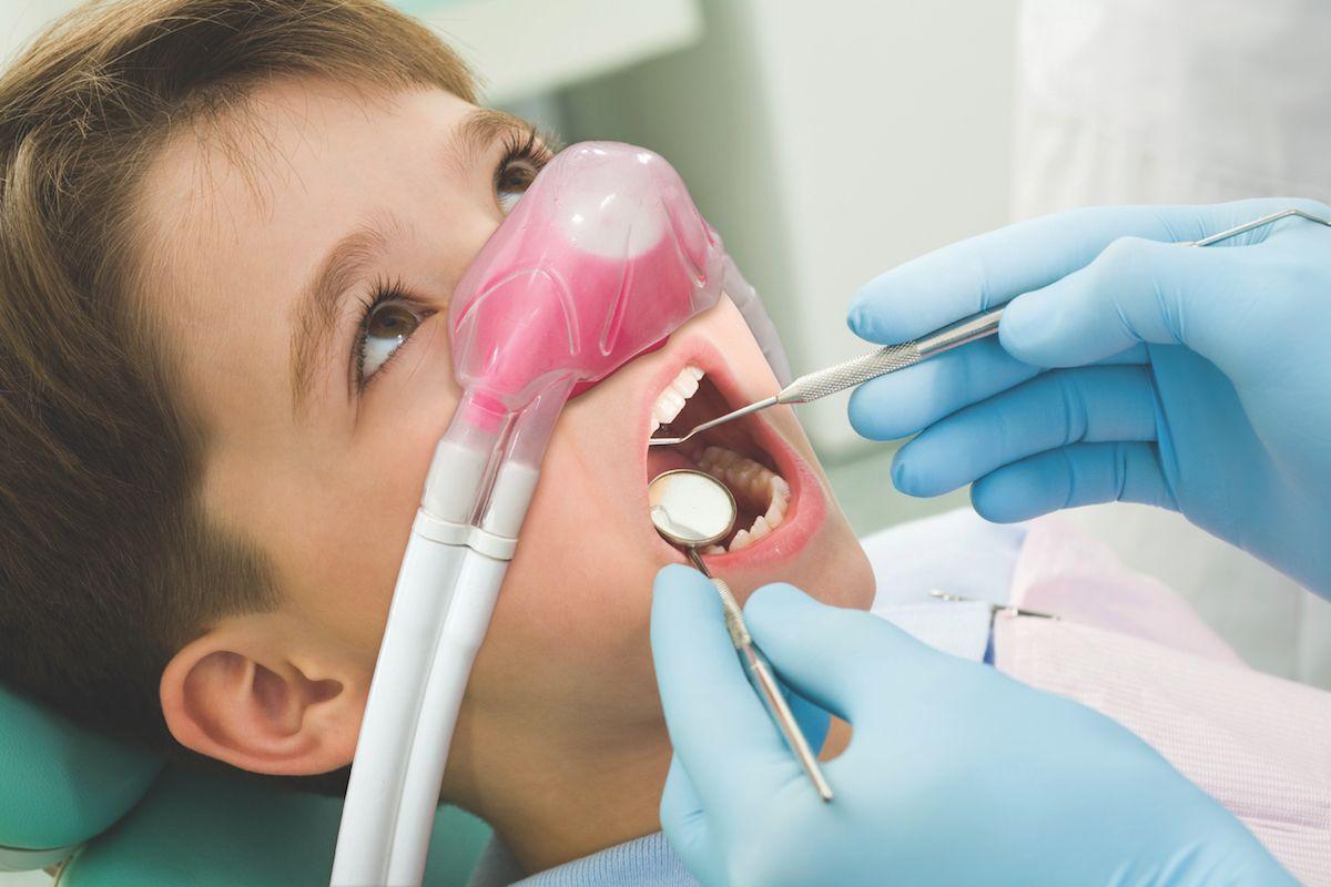 gaz rozweselający dentysta gdynia dziecko